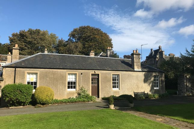 Thumbnail Cottage to rent in Dunfermline