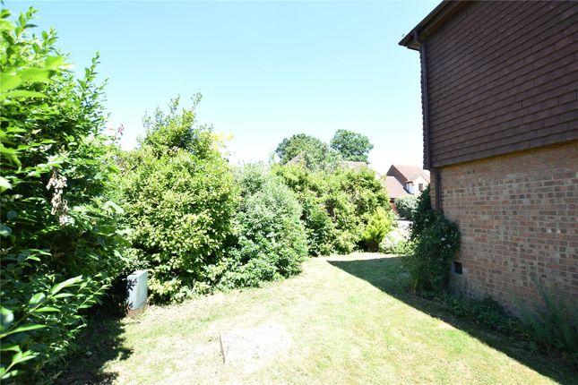 Picture No. 13 of Morden Close, The Warren, Bracknell, Berkshire RG12