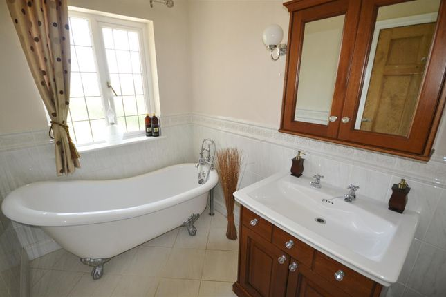 Bathroom of St. Clears, Carmarthen SA33