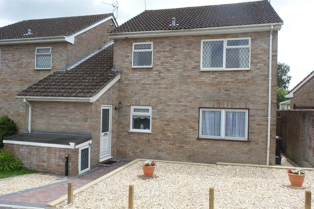 Thumbnail Flat to rent in Glynswood, Chard