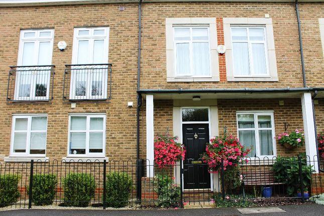 Thumbnail Studio to rent in Belle Vue Terrace, Summerhouse Lane, Harefield, Uxbridge