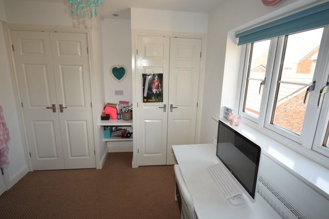 Bedroom 3 of Farnham Close, Barrow-In-Furness, Cumbria LA13