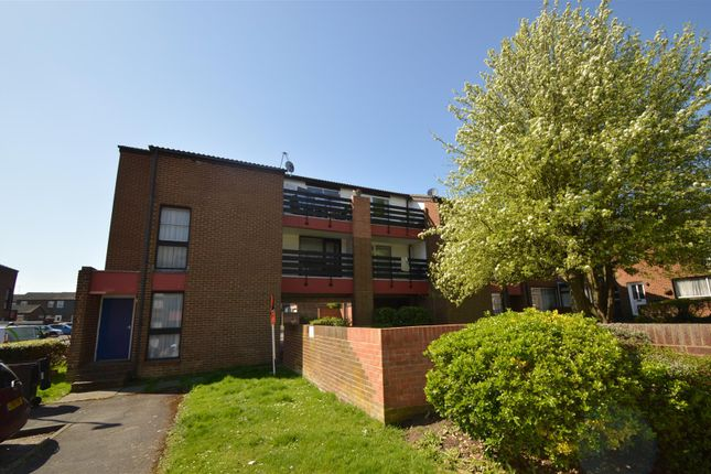 1 bed flat for sale in The Hollies, Gravesend