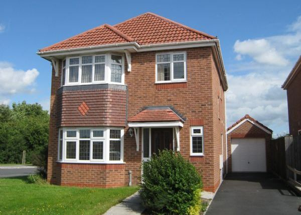 Thumbnail Detached house to rent in Eavesham Close, Penwortham, Preston