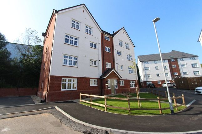 Flat for sale in Wensleydale, Wilnecote, Tamworth