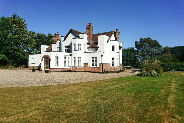 Thumbnail Detached house for sale in High Street, Ingatestone