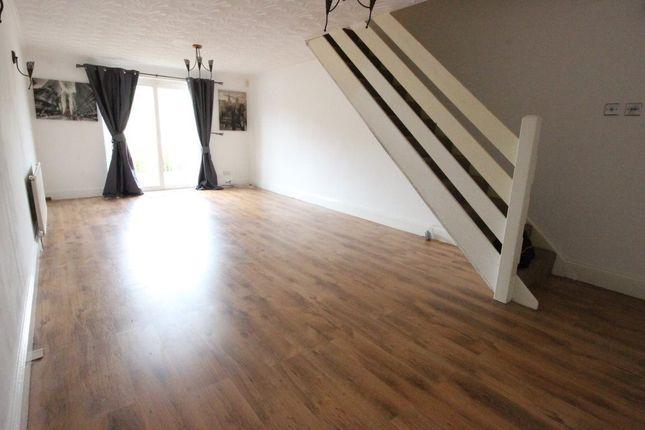 Thumbnail Property to rent in Seaton Street, Pontypridd