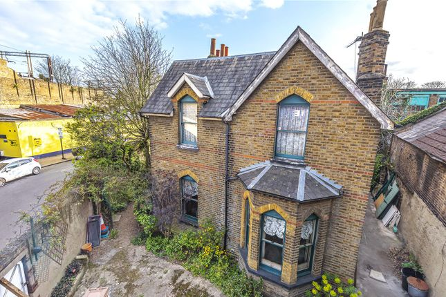 Thumbnail Detached house for sale in Moorefield Road, London