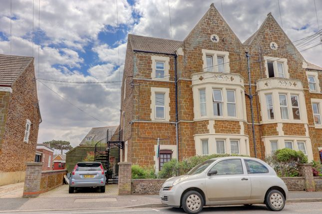 Thumbnail Detached house for sale in Greevegate, Hunstanton