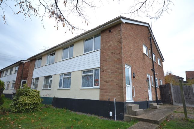 Thumbnail Maisonette to rent in Romford Close, Colchester