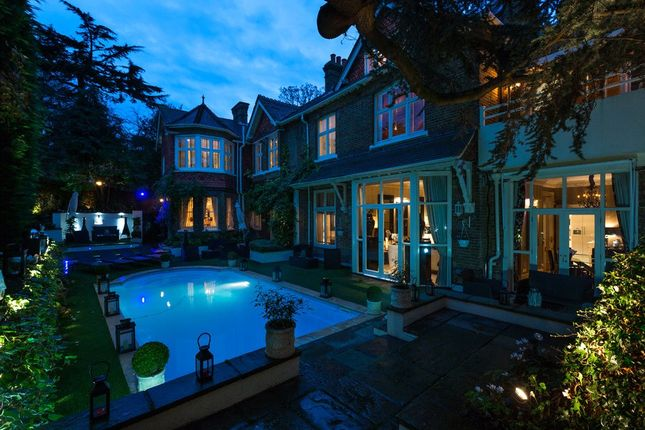 Thumbnail Detached house to rent in Frognal, Hampstead, London