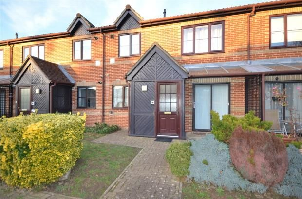 Thumbnail Property for sale in Copenhagen Walk, Crowthorne, Berkshire