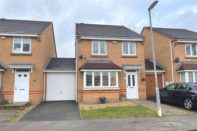 3 bed link-detached house for sale in Chariot Road, Wootton, Northampton NN4