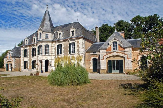 Thumbnail Property for sale in Confolens, Charente (Cognac/Angouleme), France
