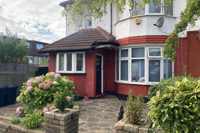 2 bed semi-detached house to rent in Leeside Crescent, Golders Green, London NW11