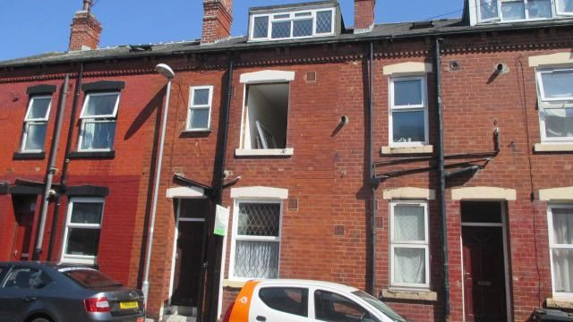 Thumbnail Property to rent in Recreation Terrace, Holbeck, Leeds