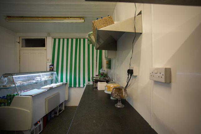 Photo 2 of Cafe & Sandwich Bars HX3, Lightcliffe, West Yorkshire