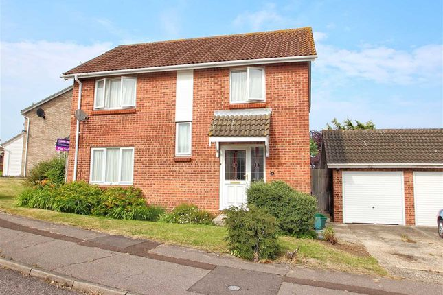 Thumbnail Detached house for sale in Dunnock Way, Colchester