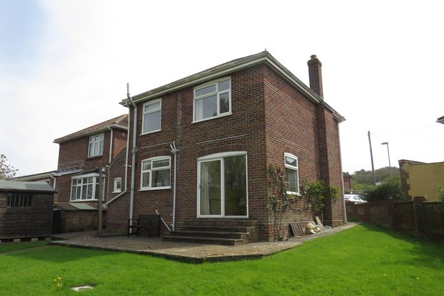 Hardy Avenue Weymouth Dt4 3 Bedroom Detached House For
