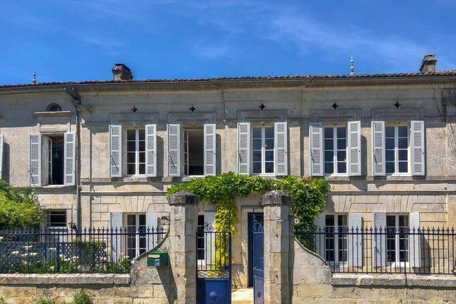 Thumbnail Villa for sale in Champagnac, Charente-Maritime, Nouvelle-Aquitaine