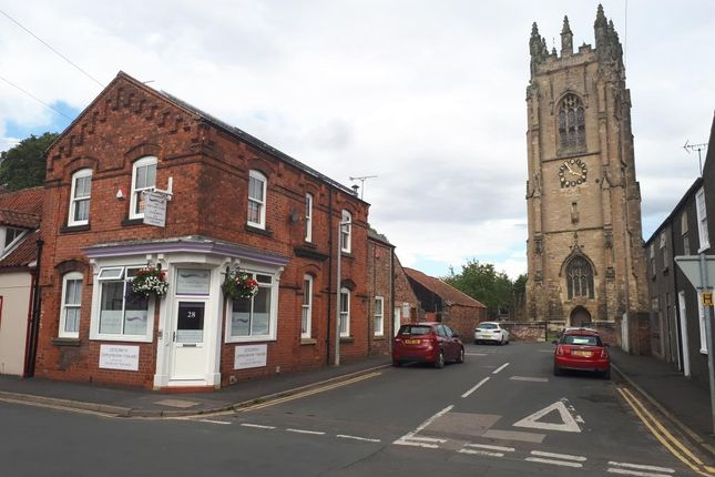 Thumbnail Flat to rent in 28 Westgate, Driffield