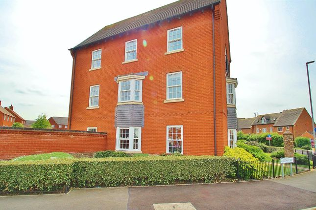 Thumbnail Flat for sale in Greetham Way, Syston, Leicestershire