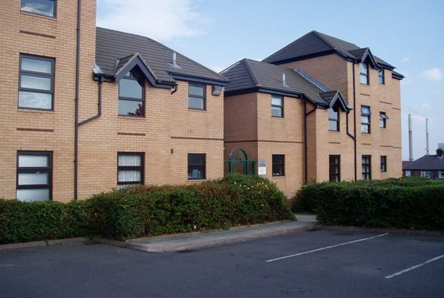 Thumbnail Flat to rent in Croppers Hill Court, St Helens
