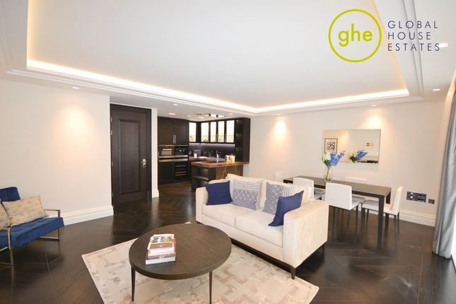 Thumbnail Flat to rent in Strand