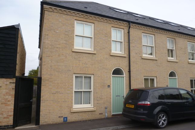 Thumbnail Terraced house to rent in Jubilee Terrace, St Philips Road, Cambridge