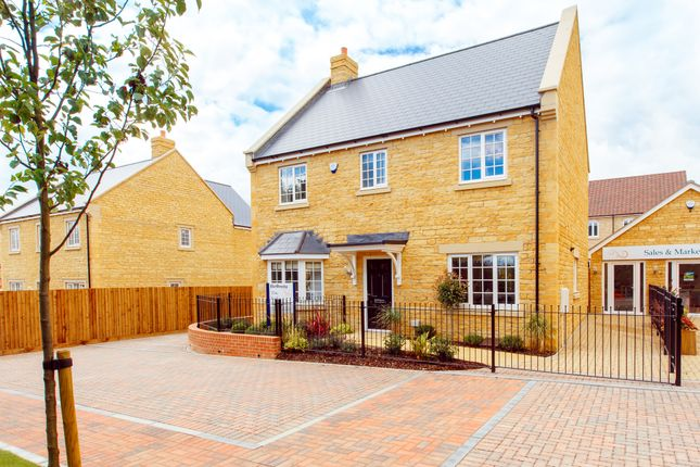 Thumbnail Detached house for sale in The Ivel, Burford Road, Chipping Norton, Chipping Norton