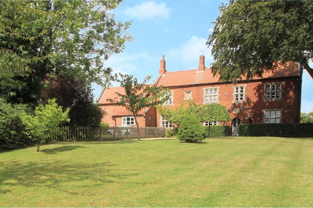 Thumbnail Property for sale in High Road, Manthorpe, Grantham