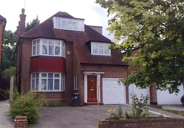 Thumbnail Detached house to rent in Ringwood Avenue, London