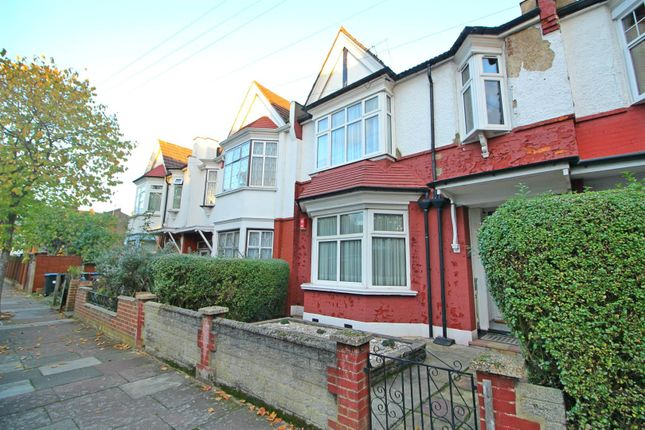 Thumbnail Maisonette for sale in Lightcliffe Road, London