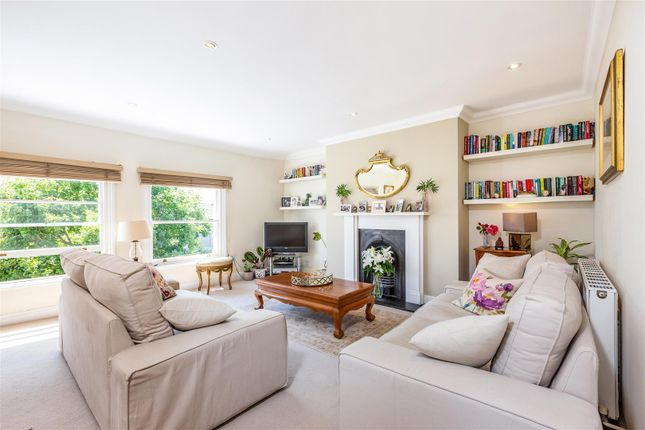 2 bed flat for sale in Thornton Hill, London SW19