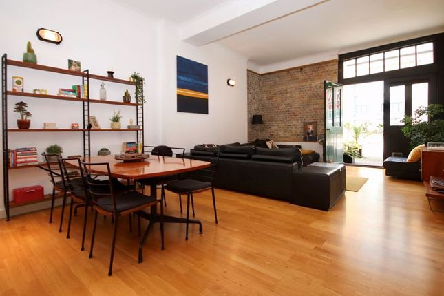 Thumbnail Flat for sale in Scott Russell Place, London