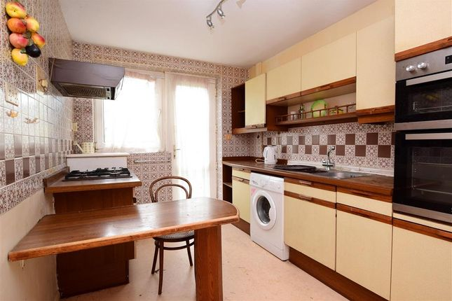 Thumbnail Terraced house for sale in Overhill Gardens, Brighton, East Sussex