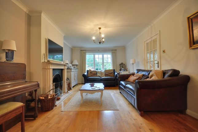 Thumbnail Semi-detached house to rent in Evelyn Drive, Pinner, Middlesex