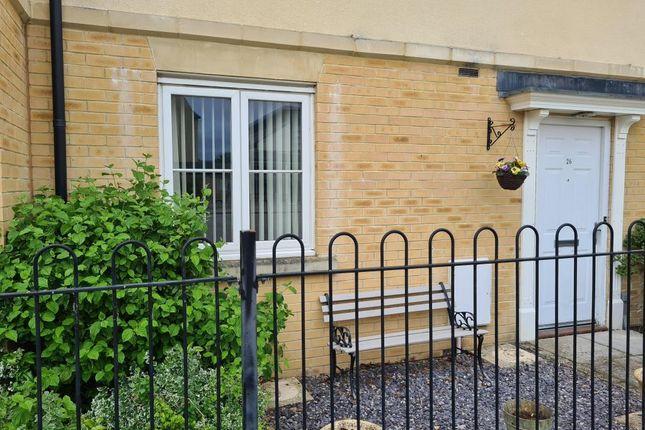 2 bed maisonette to rent in Shilton Park, Carterton OX18