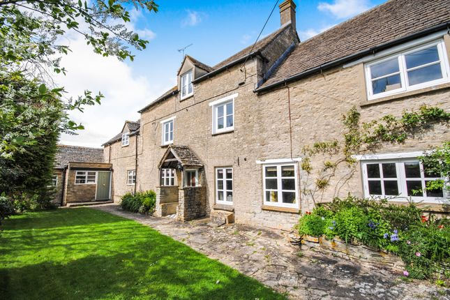 Thumbnail Detached house to rent in The Ridings, Stonesfield, Witney