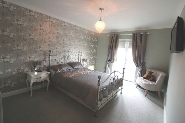 Master Bed of Cotman Drive, Bradwell NR31