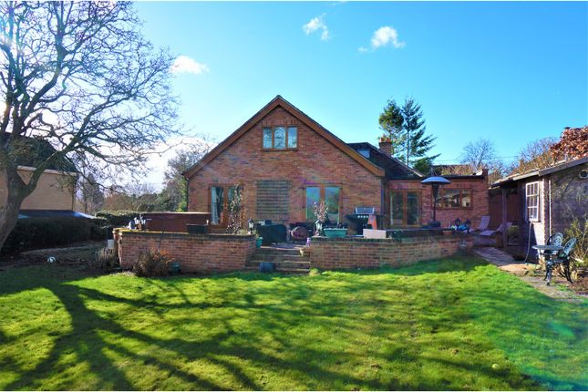 5 bedroom detached house for sale in Old Kempshott Lane, Basingstoke