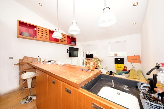 1 bed flat to rent in Peter Street, Soho W1F