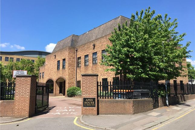 Thumbnail Office to let in Apex House, Bridle Path, Watford, Hertfordshire