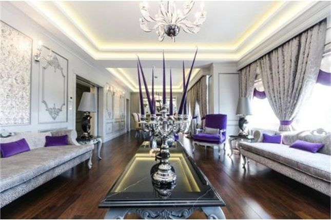 Thumbnail Flat for sale in Orchard Court, Portman Square, London