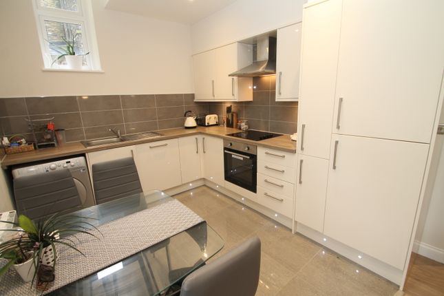 Thumbnail Flat to rent in Headingley Lane, Headingley, Leeds
