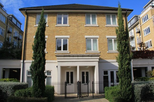 Thumbnail Property to rent in Park Lodge Avenue, West Drayton