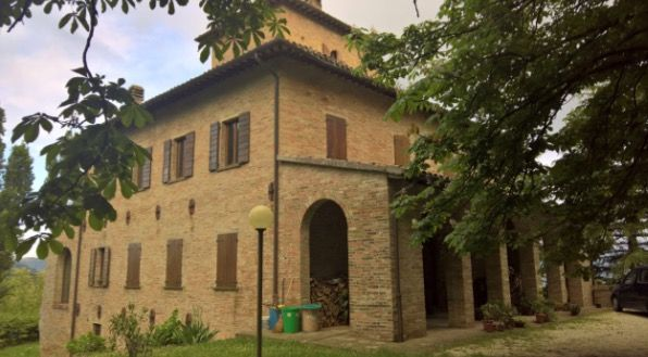 Thumbnail Villa for sale in Urbino, Pesaro And Urbino, Marche, Italy