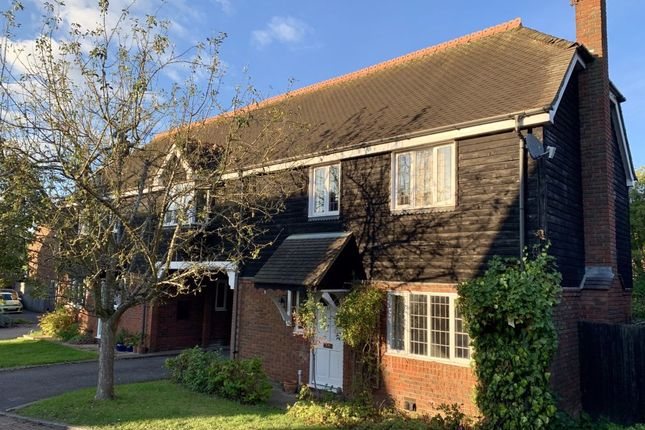 Thumbnail Semi-detached house to rent in Lewknor Close, Lewknor, Oxon