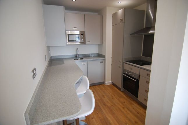 Thumbnail Flat to rent in Queens Road, Clifton, Bristol