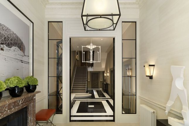 Thumbnail Town house to rent in Buckingham Gate, London